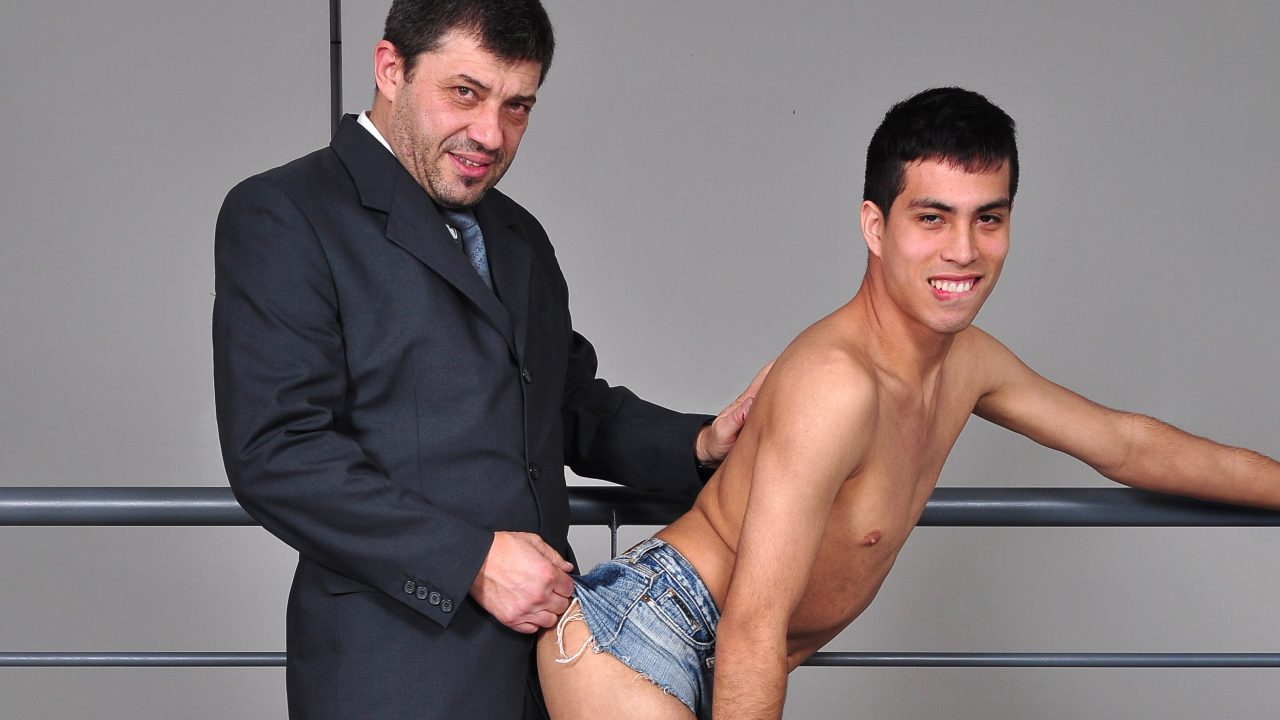 Photo of Straight Daddy Fucks Me